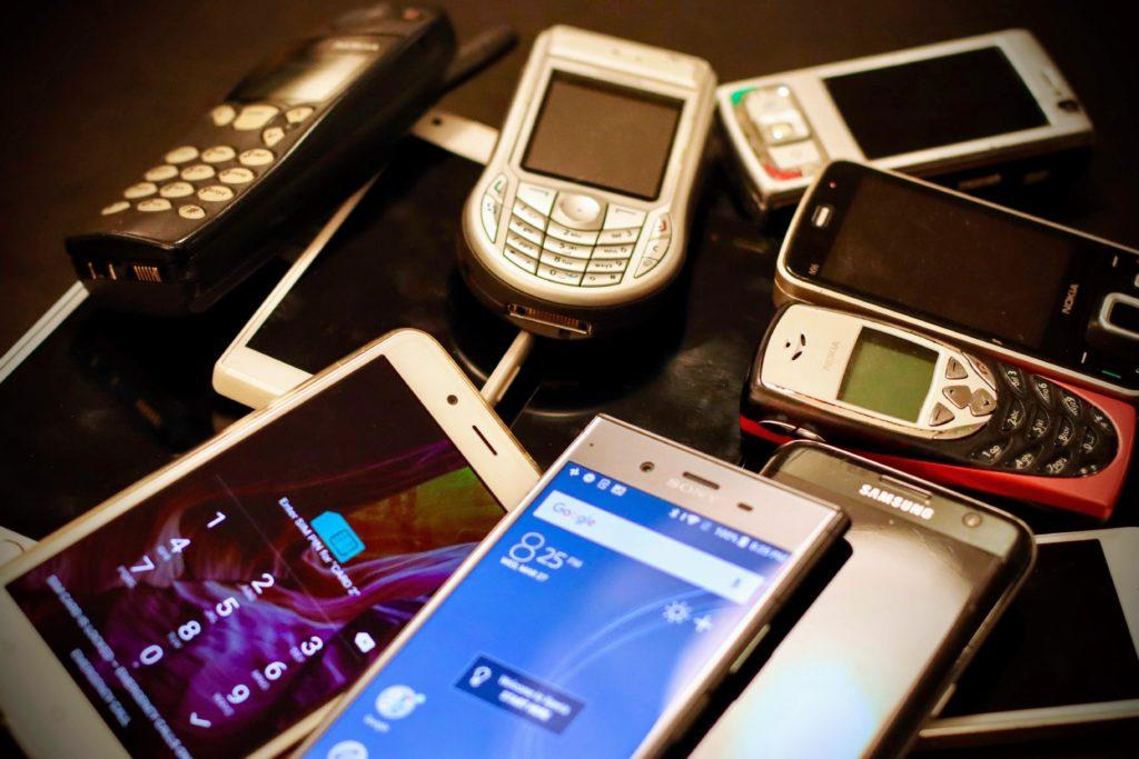 barnet få mobiltelefon