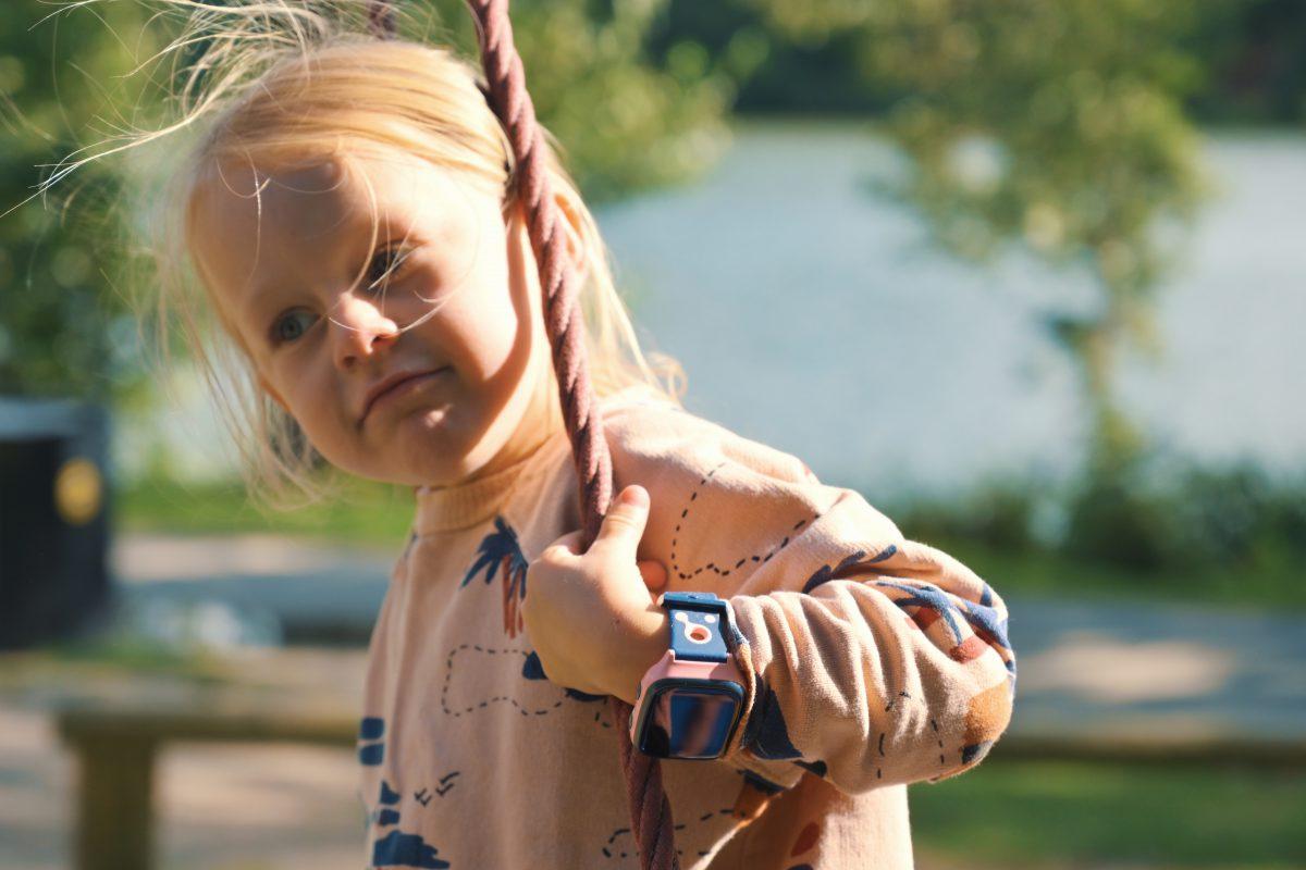 Hold barna dine mer aktive og sunne med XPLORA og GOPLAY!