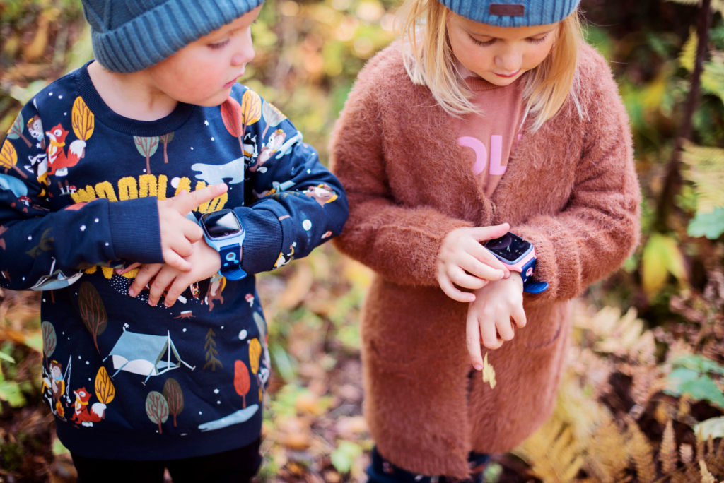 smartklokke-xplora-barn-som-leker